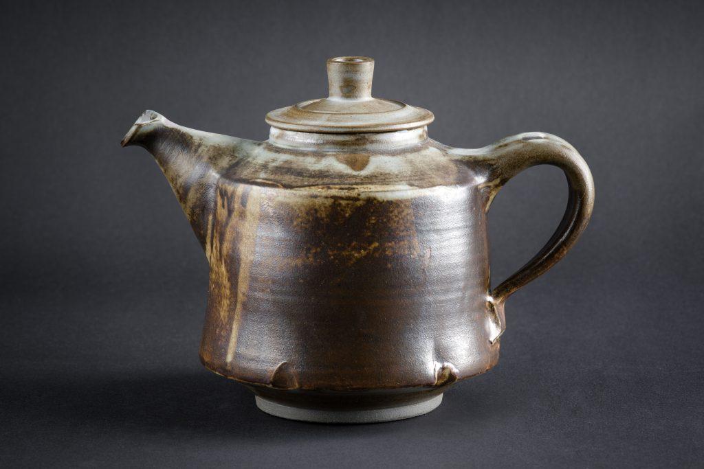 Teekanne, gekerbt